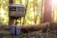 Corredo della stufa di campeggio fotografia stock libera da diritti