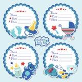 Corredo etichette sveglio con gli oggetti per il ragazzo di neonato Fotografie Stock Libere da Diritti