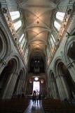 Corredor da catedral de Caen imagem de stock