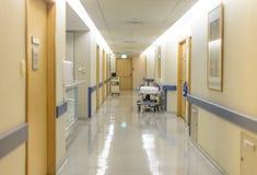 Corredor da divisão de hospital Imagens de Stock