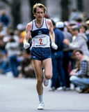 Corredor de Bill Rodgers Boston Marathon Imagenes de archivo