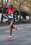 Corredor de maratón del Kenyan Geoffrey Kipsang Kamworor que funciona con a Berlin Marathon 2014 Imágenes de archivo libres de regalías