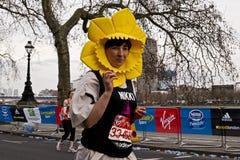 Corredor de maratón de Londres Imagen de archivo libre de regalías