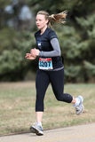 Corredor de maratona fêmea Imagens de Stock