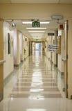 Corredor do hospital fotografia de stock