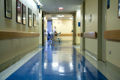 Corredor do hospital imagens de stock