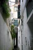 Corredor estreito em Amalfi, Itália Fotografia de Stock Royalty Free