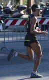 Corredor muscular na competição imagens de stock
