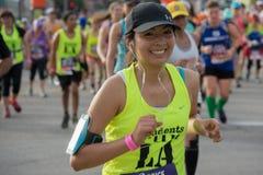Corredor não identificado que participa na 30a maratona Editio do LA Fotos de Stock Royalty Free