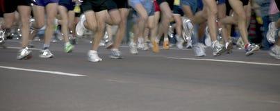 Corredores de maratón imagen de archivo libre de regalías