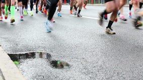 Corredores de maratón almacen de metraje de vídeo
