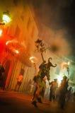 Correfoc dentro del liendre de Foc en Sitges Fotos de archivo libres de regalías