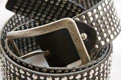 Correia de couro preta com pregos Fotografia de Stock Royalty Free
