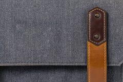 Correia de couro velha na bagagem Imagens de Stock Royalty Free