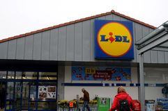 CORRENTE ALEMÃO LIDL DO MANTIMENTO Foto de Stock