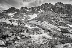 Corrente in alte montagne di Tatra, Slovacchia Fotografie Stock