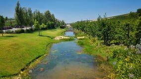 Corrente del fiume dell'azienda agricola Fotografia Stock