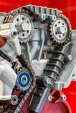 A corrente do sincronismo da movimentação motor a combustão interna fotos de stock royalty free