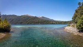 Correntoso See - Landhaus-La-Angostura, Patagonia, Argentinien Lizenzfreie Stockfotografie