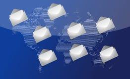 Correo por todo el mundo para la comunicación social de la red. Foto de archivo libre de regalías