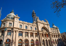 Correos大厦在巴伦西亚在广场街市的Ayuntamiento 图库摄影