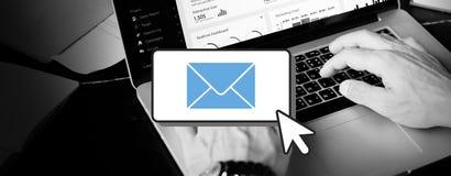 Correspondance Cocnept de communication de connexion d'email image libre de droits
