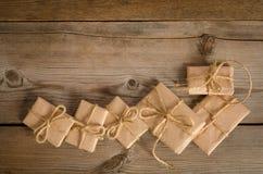 Correspondance de Noël sur le fond en bois images libres de droits