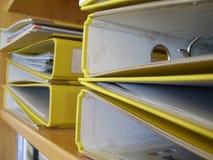 Correspondencias amarillas Imagenes de archivo