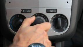 Corrida do sistema de ventilação do condicionamento de ar do manuel do carro video estoque