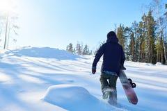 Corrida do Snowboarder subida foto de stock