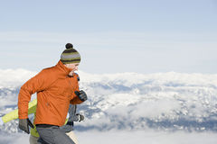 Corrida dos esquiadores Fotografia de Stock Royalty Free