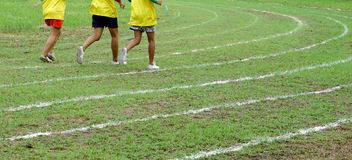 Corrida nas linhas brancas trilha Foto de Stock