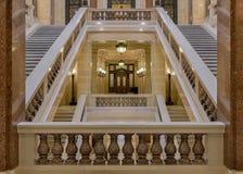 Corridoio all'interno della scala al Campidoglio dello stato di Wisconsin Immagine Stock Libera da Diritti