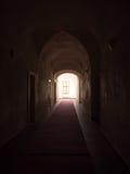 Corridoio arcato scuro Immagine Stock Libera da Diritti