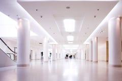 Corridoio del centro dell'ufficio Fotografia Stock