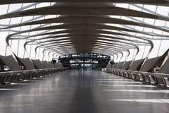 Corridoio dell'aeroporto Immagine Stock Libera da Diritti