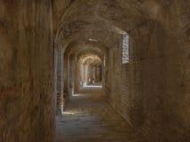 Corridoio dell'anfiteatro della città romana del lica del ¡ di Ità fotografia stock libera da diritti