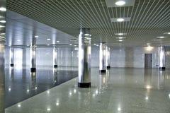 Corridoio della stazione di metro Immagine Stock