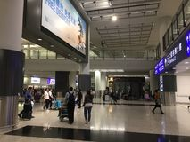 Corridoio di arrivi dell'aeroporto internazionale di Hong Kong immagine stock libera da diritti