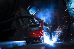 Corridoio di distribuzione di elettricità nell'industria metalmeccanica Fotografia Stock Libera da Diritti