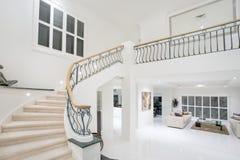 Corridoio di lusso del palazzo Immagine Stock