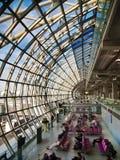 Corridoio di partenza all'aeroporto Fotografia Stock