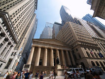 Corridoio federale Wall Street, distretto finanziario, nuovo Fotografie Stock