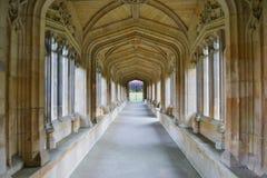 Corridoio lungo con luce naturale Fotografia Stock