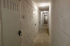 Corridoio lungo in un garage (0) Fotografia Stock Libera da Diritti