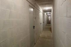 Corridoio lungo in un garage (i) Fotografie Stock