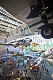 Corridoio principale del museo di spazio e dell'aria nazionale in Washington DC Immagini Stock