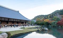 Corridoio principale (Hojo) del tempio di Tenryu-ji in autunno Immagine Stock