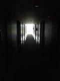Corridoio sinistro scuro fotografie stock libere da diritti