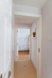 Corridoio in una casa Fotografie Stock